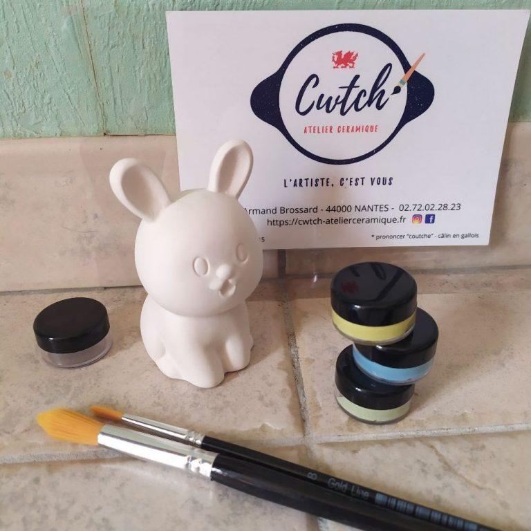 Kit à peindre chez soi fourni par Cwtch Atelier Ceramique